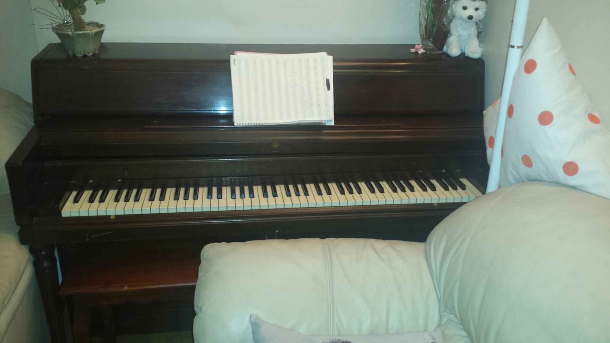 Ogłoszenie darmowe. Lokalizacja:  Lawrenceville,NJ. PODARUJĘ / ZAMIENIĘ - Wszystkie. Oddam pianino za darmo,.