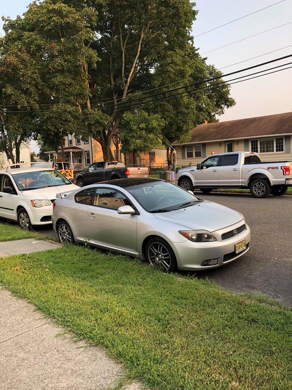 Ogłoszenie darmowe. Lokalizacja:  Trenton/Philadelphia i okolice. KUPIĘ / SPRZEDAM - Motoryzacja. Sprzedaje auto. 2006 Scion tC..