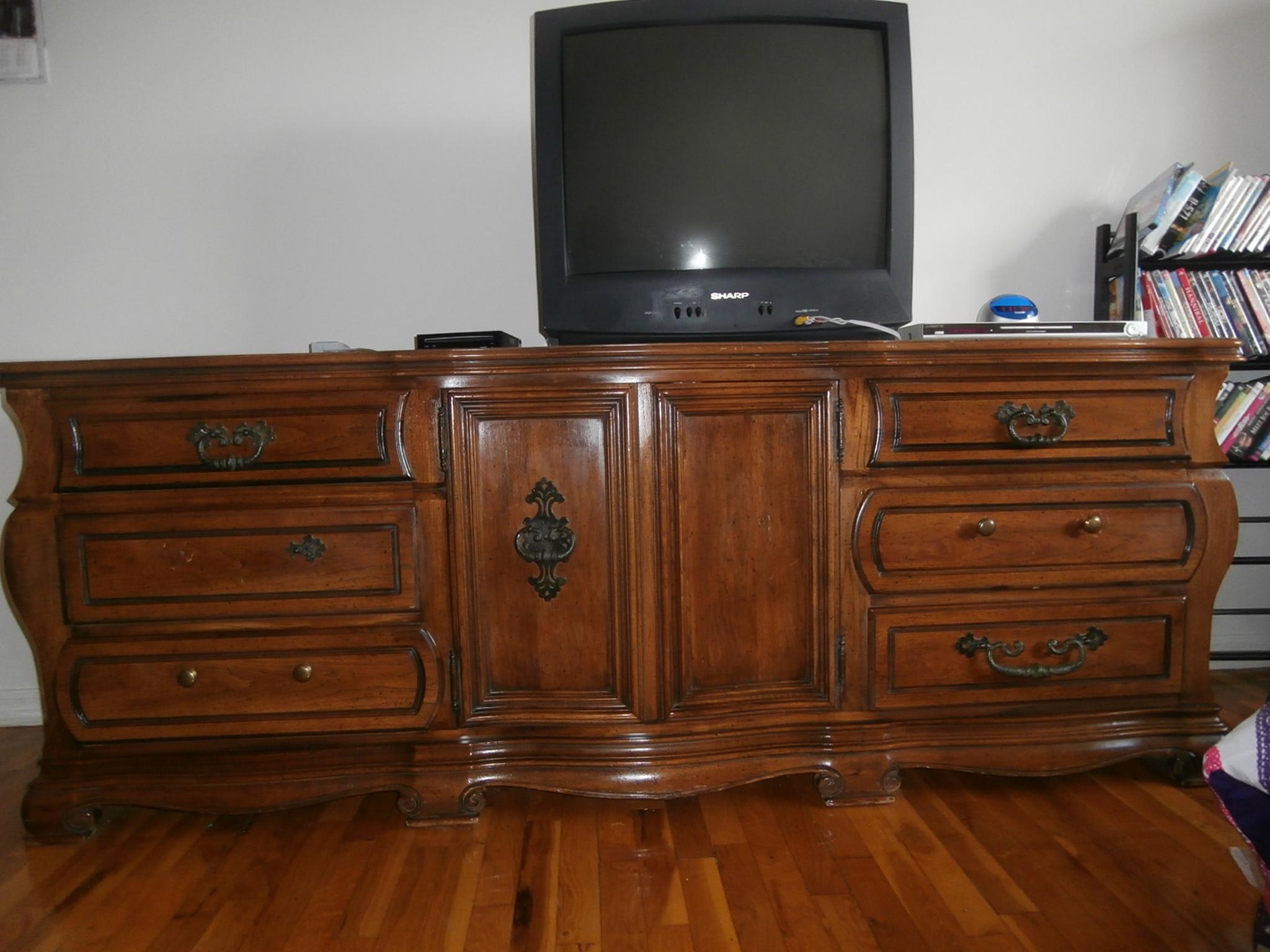 Ogłoszenie darmowe. Lokalizacja:  NJ, Hillsborough. ARCHIWALNE - Wszystkie. Sprzedam piekny, drewniany zestaw do.