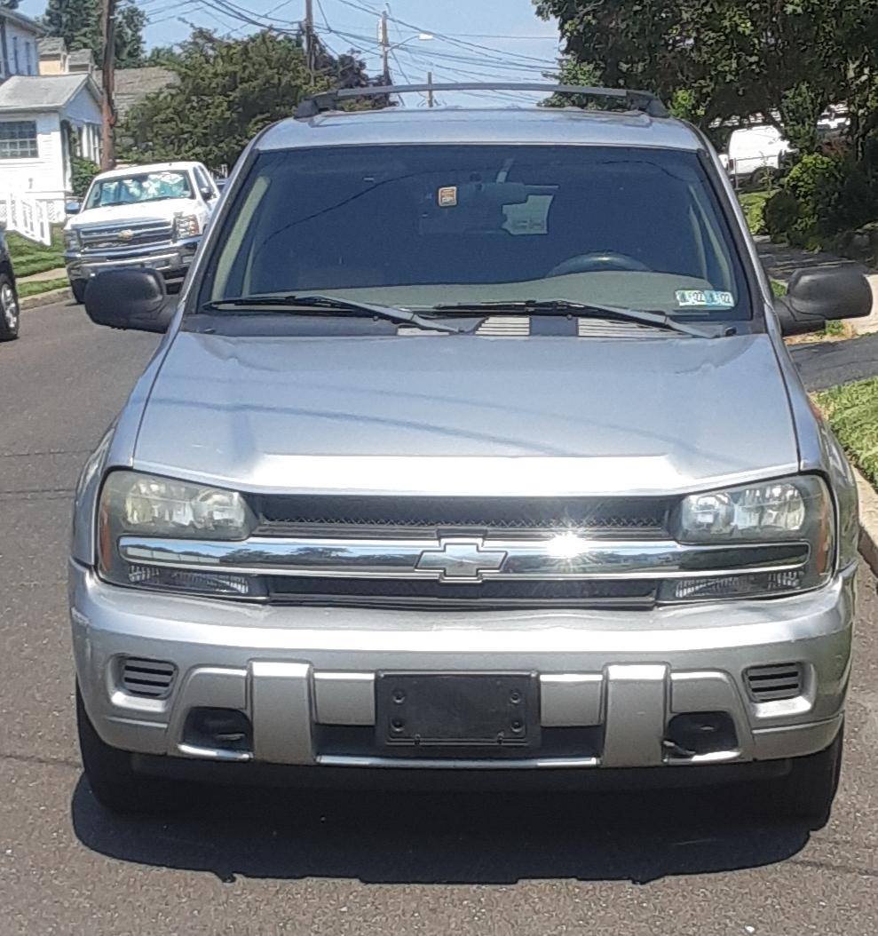 Ogłoszenie darmowe. Lokalizacja:  Trenton I okolice. KUPIĘ / SPRZEDAM - Motoryzacja. Sprzedam Chevrolet trailblazer 2004 4x4.