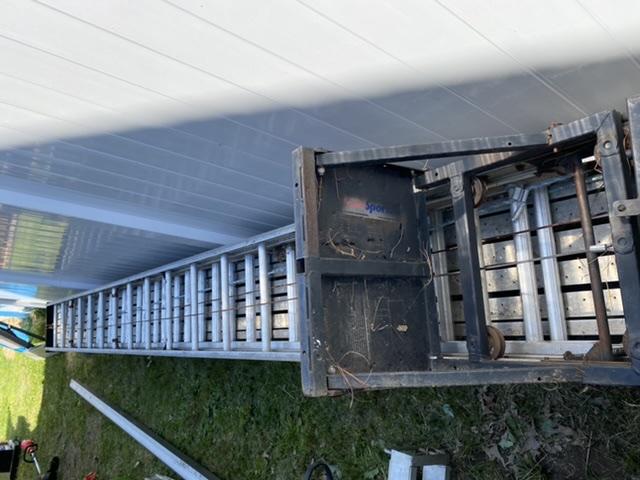 Ogłoszenie darmowe. Lokalizacja:  Levittown. KUPIĘ / SPRZEDAM - Narzędzia. Wyciagarka na dachy, silnik honda.